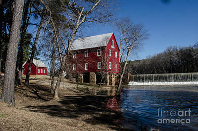 Starrs Mill Photograph - Starr's Mill In Senioa Georgia 4 by Donna Brown