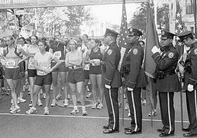 Photograph - Starting Line Fifth Avenue by Dave Beckerman