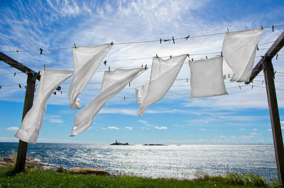 Photograph - Star Island Fresh Laundry by Donna Doherty