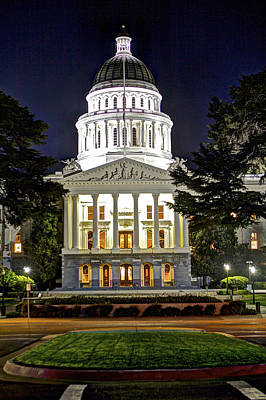Photograph - State Capitol At Night Sacramento 2 by SC Heffner