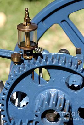 Stationary Gear Original