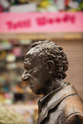 Woody Allen Photograph - Statue Of Film Director Woody Allen by Panoramic Images