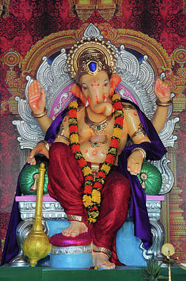 Hindu Gods Photograph - Statue Of Hindu Lord Ganesh Made by Jaina Mishra