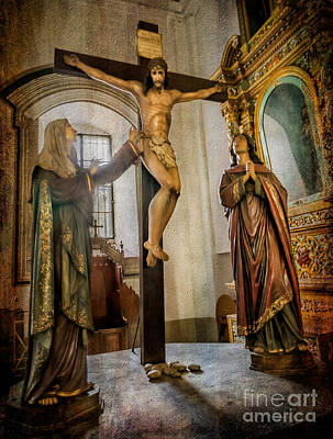 World Heritage Sites Photograph - Statue Of Jesus by Adrian Evans