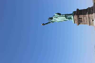 Photograph - Statue Of Liberty Greeting by Suzanne Perry