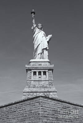 Photograph - Statue Of Liberty IIi by Clarence Holmes