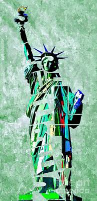 Statue Of Liberty Mixed Media - Statue Of Liberty Typography by Daniel Janda