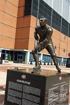 Que Photograph - Statue Of Montreal Canadiens Hockey Player Jean Beliveau by Jason O Watson
