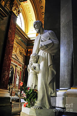 Photograph - Statue Of St Stephen's by Elvis Vaughn