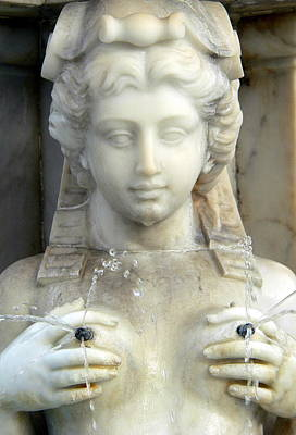 Photograph - Statue Squirting Nipples by Jeff Lowe