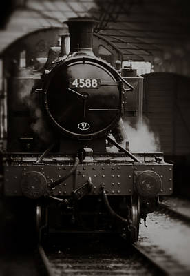 Dart Stations Photograph - Steam Locomotive by Graham Moore
