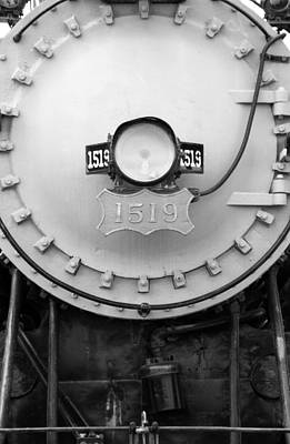 Photograph - Steam Locomotvie 1519 - Bw 07 by Pamela Critchlow