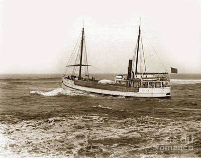 Photograph - steam-schooner Elizabeth circa 1914 by California Views Archives Mr Pat Hathaway Archives