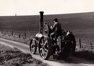 Photograph - Steam Tractor 2 by Guy Pettingell