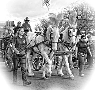 Mardi Gras Photograph - Stepping Out 2 Monochrome by Steve Harrington