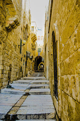 Photograph - Stepping Through The Old City by Alan Marlowe