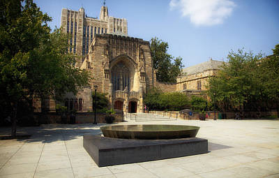 Entrance Memorial Photograph - Sterling Memorial Library And The Women's Table - Yale University by Mountain Dreams