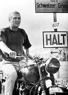 Steve Mcqueen On Motorcycle Art Print