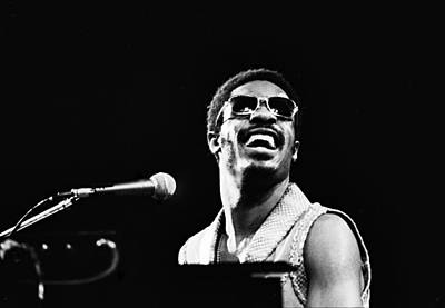 Photograph - Stevie Wonder - Happy by Robert  Rodvik