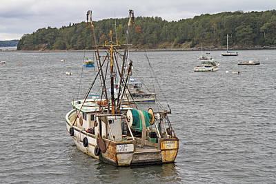 Maine Scene Photograph - Still Floating by Betsy Knapp