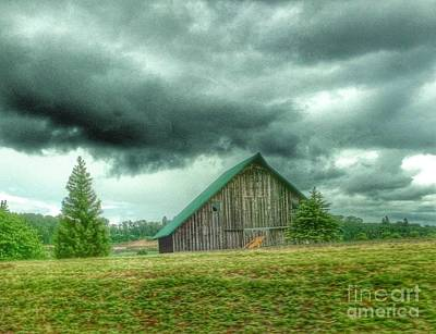 Photograph - Still Here Barn by Susan Garren