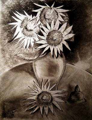 Still Life Drawings - Still Life - Vase with Four Sunflowers by Jose A Gonzalez Jr