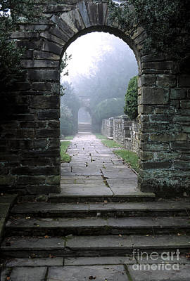 Photograph - Stone Arch In The Fog by William Kuta