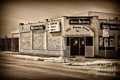 Bruce Springsteen Photograph - Stone Pony Retro Style by Paul Ward