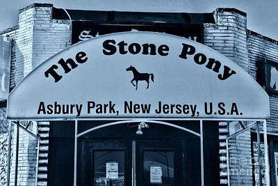 Bruce Springsteen Photograph - Stone Pony Very Cool by Paul Ward