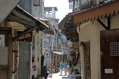 Photograph - Stone Town Alleyway by Tony Murtagh