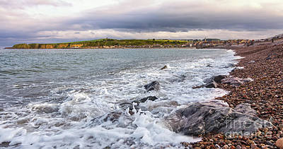 Stonehaven Coastline Original by Mike Stephen