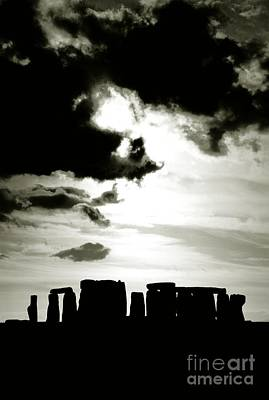 Stonehenge Prehistoric Stone Circle On Salisbury Plain England Art Print by David Lyons