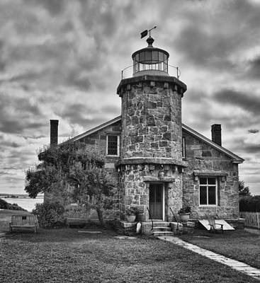 Photograph - Stonington Lighthouse 15328b by Guy Whiteley