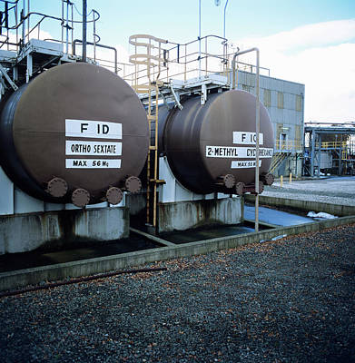 Cheshire Wall Art - Photograph - Storage Tanks by Robert Brook/science Photo Library