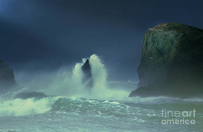 Photograph - Storm Over Sea Stacks Bandon Beach Oregon by Dave Welling