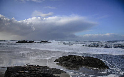 Photograph - Storm Rolling In Wickaninnish Beach by Roxy Hurtubise