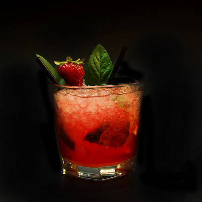 Strawberry Mojito Art Print by Gina Dsgn