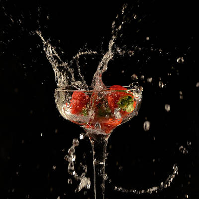 Photograph - Strawberry Splash 1 by Thomas Born