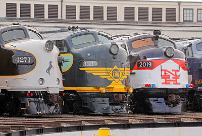 Photograph - Streamliners Festival -- Noses by Joseph C Hinson Photography