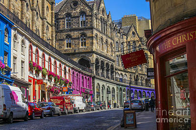 Photograph - Street In Edinburgh by Patricia Hofmeester