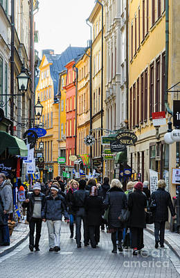 Street In Gamla Stan - The Old Part Of Stockholm - Sweden Art Print by David Hill