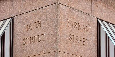 Photograph - Street Sign - 16th And Farnam - Omaha by Nikolyn McDonald