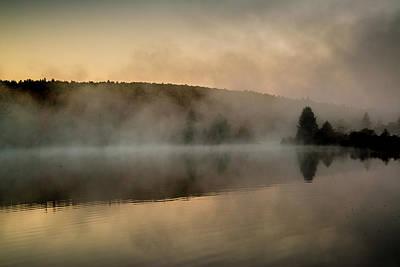Streeter Pond, New Hampshire (large Art Print