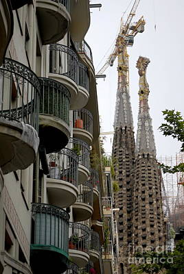 Photograph - Streets Of Barcelona 2 by Leo Symon