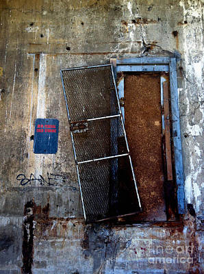 Dooways Photograph - Strip District Doorway Number Three by Amy Cicconi