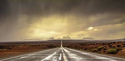 Thunder Photograph - Strom In Monument Valley by Javier De La