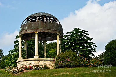 Photograph - Stumpf Belvedere Grecian Gazebo by Ms Judi