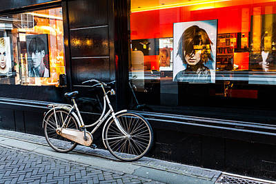 Photograph - Stylish Dutch Bike by Brian Grzelewski