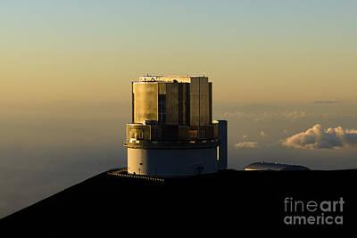 Blue Subaru Photograph - Subaru Telescope From Mauna Kea by Stelios Michael