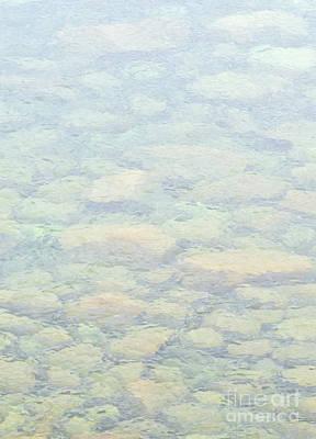 Photograph - Submerged Rocks Pattern by Les Palenik